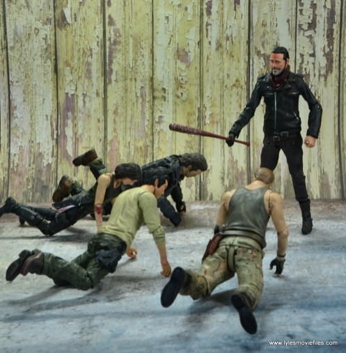 the walking dead negan figure review - trying to decide who to kill