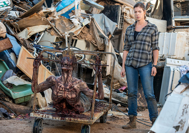the walking dead still gotta mean something -jadis with walker