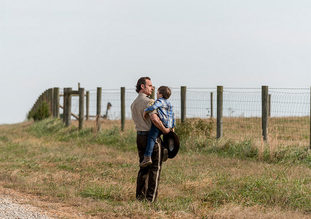the-walking-dead-wrath-review-rick-and-young-carl