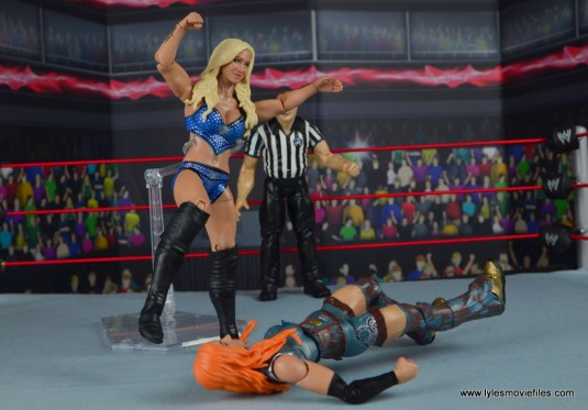 wwe elite 54 charlotte flair figure review - knee smash on becky lynch