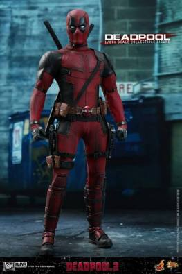 hot toys deadpool 2 figure - in alley