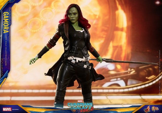 hot toys guardians of the gamora vol. 2 gamora figure -swinging sword