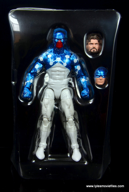 marvel legends cosmic spider-man figure review - accessories in tray