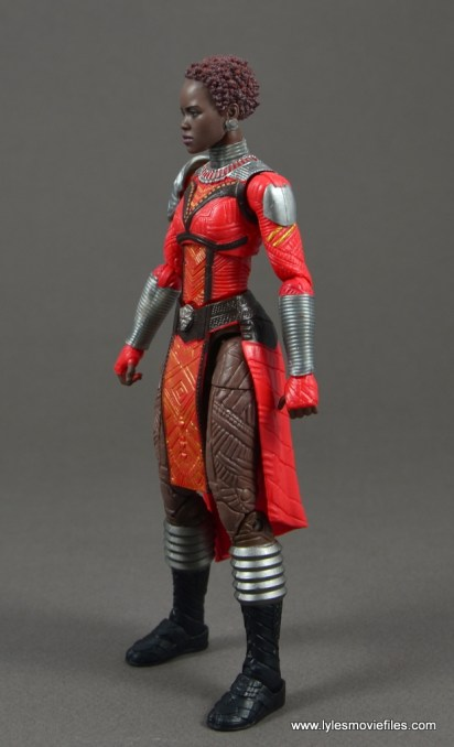 marvel legends nakia figure review - left side