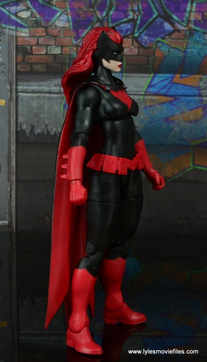 dc multiverse batwoman figure review - right side