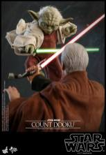 hot toys attack of the clones yoda figure -attacking dooku
