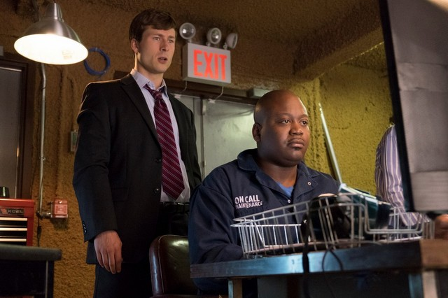 set it up movie review - glen powell and titus burgess