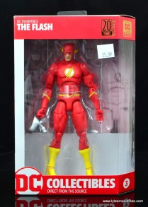 dc essentials the flash figure review - package front