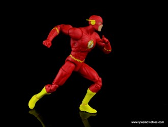 dc essentials the flash figure review - sprinting off