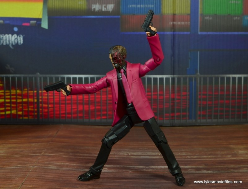 dc multiverse two-face figure review -articulation