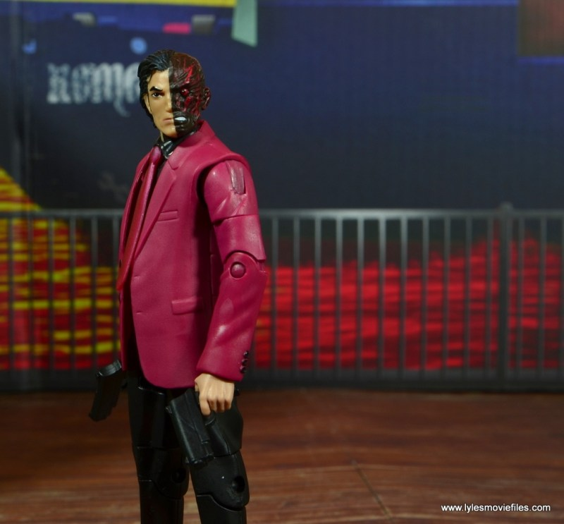 dc multiverse two-face figure review -side shot