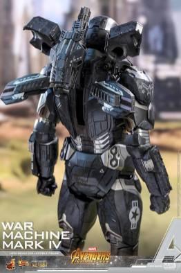 hot toys avengers infinity war war machine figure -rear arsenal look