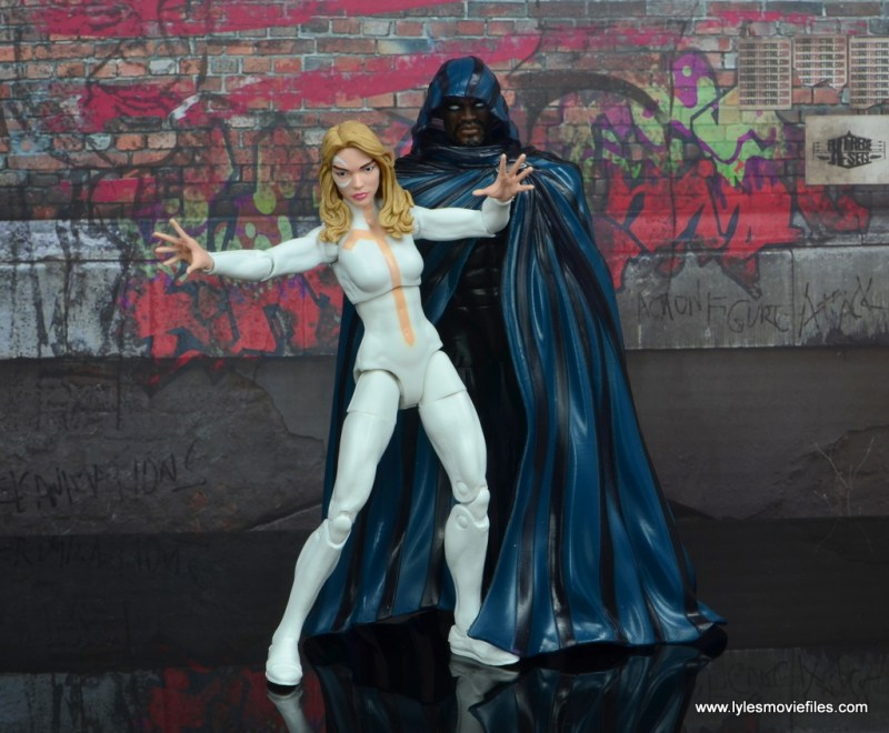 marvel legends cloak and dagger figure review - on the streets
