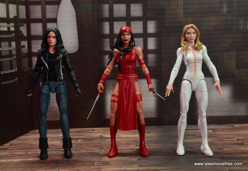 marvel legends elektra figure review - scale with jessica jones and dagger
