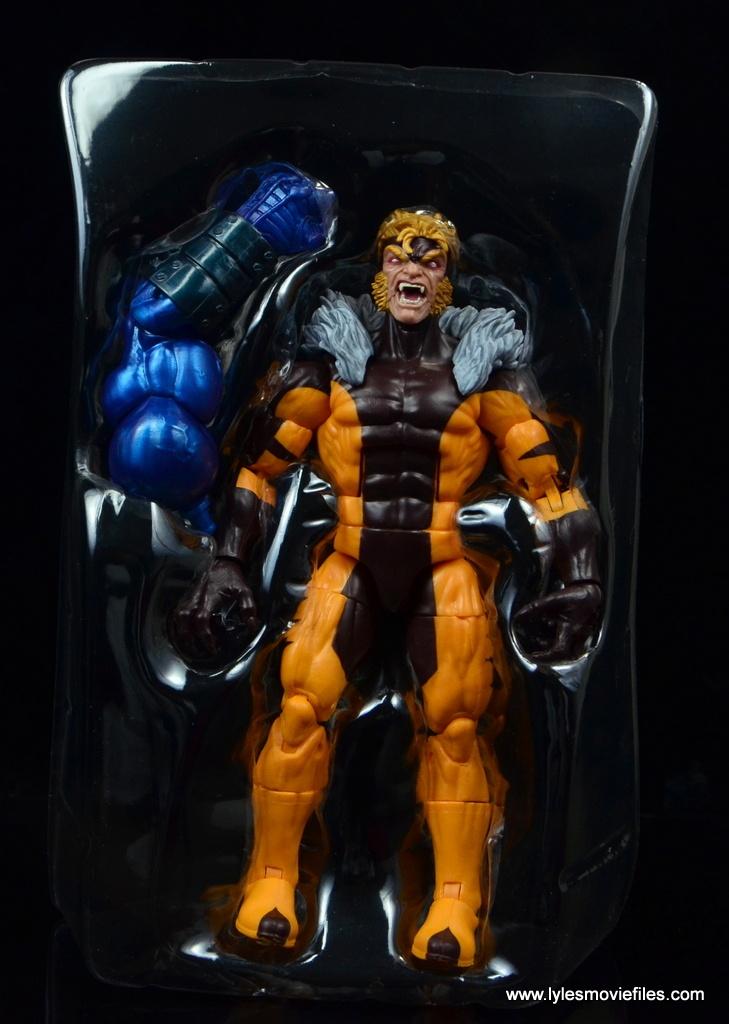 marvel legends sabretooth figure review - inside package