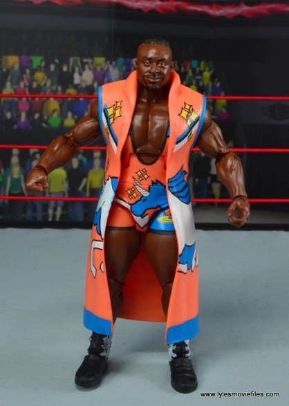 wwe elite 53 big e figure review - robe front