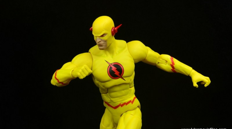 dc essentials reverse-flash figure flash - main pic
