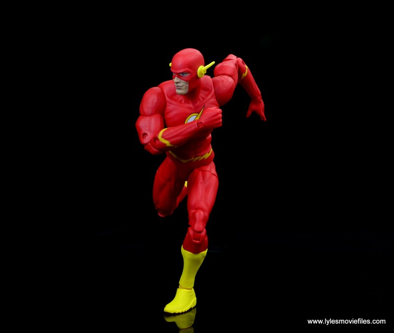 dc essentials the flash figure review -on the run