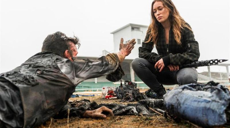 fear the walking dead the wrong side of where you are now review - mel and alicia