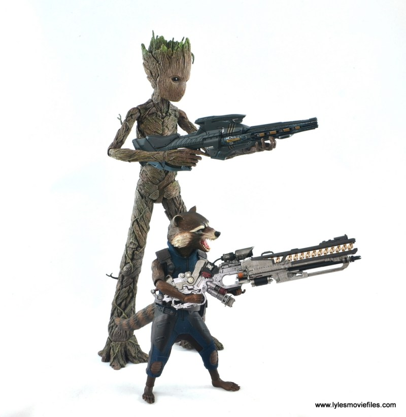 hot toys avengers infinity war groot and rocket review - groot and rocket aiming blasters