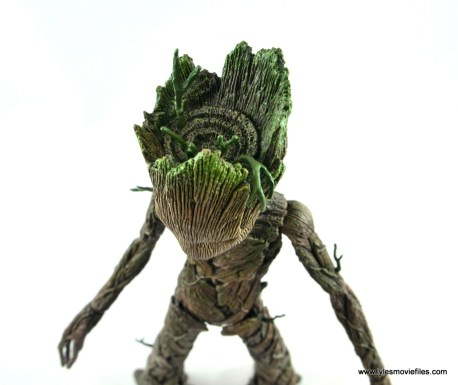 hot toys avengers infinity war groot and rocket review - groot top of head