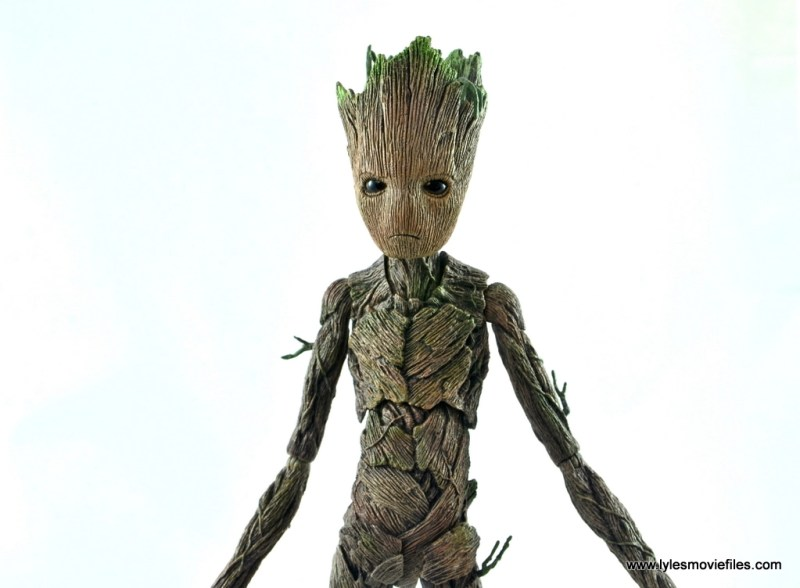 hot toys avengers infinity war groot and rocket review - groot wide