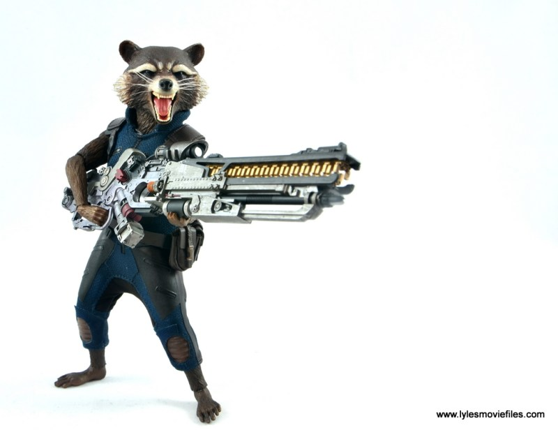 hot toys avengers infinity war groot and rocket review - rocket aiming blaster