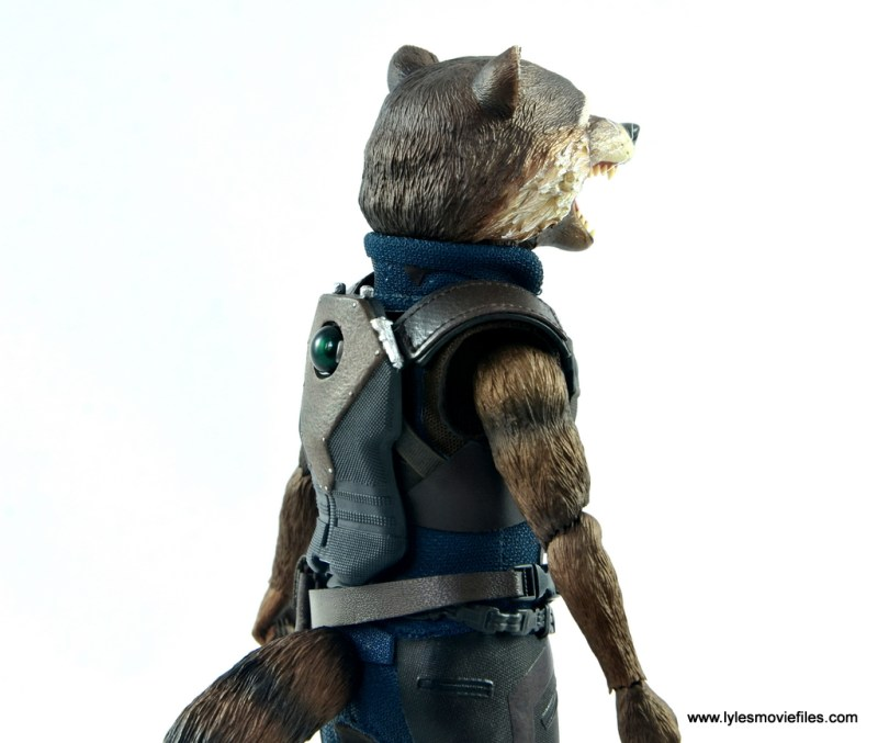 hot toys avengers infinity war groot and rocket review -rocket back detail