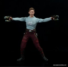 hot toys guardians of the galaxy vol. 2 star-lord figure review - aiming guns