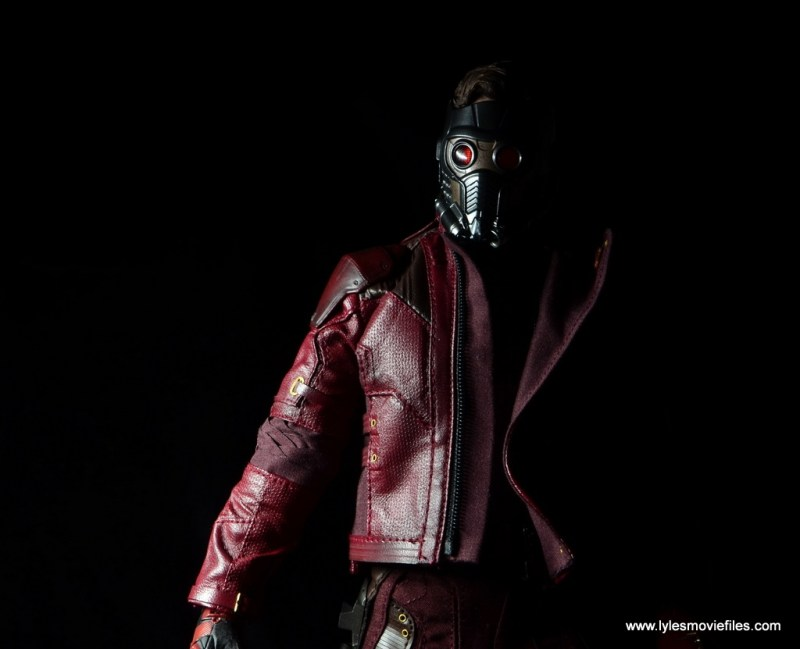 hot toys guardians of the galaxy vol. 2 star-lord figure review -low light