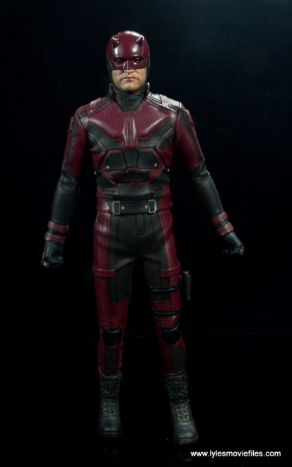 hot toys daredevil figure review - front