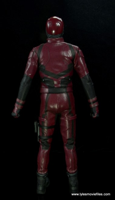 hot toys daredevil figure review - rear