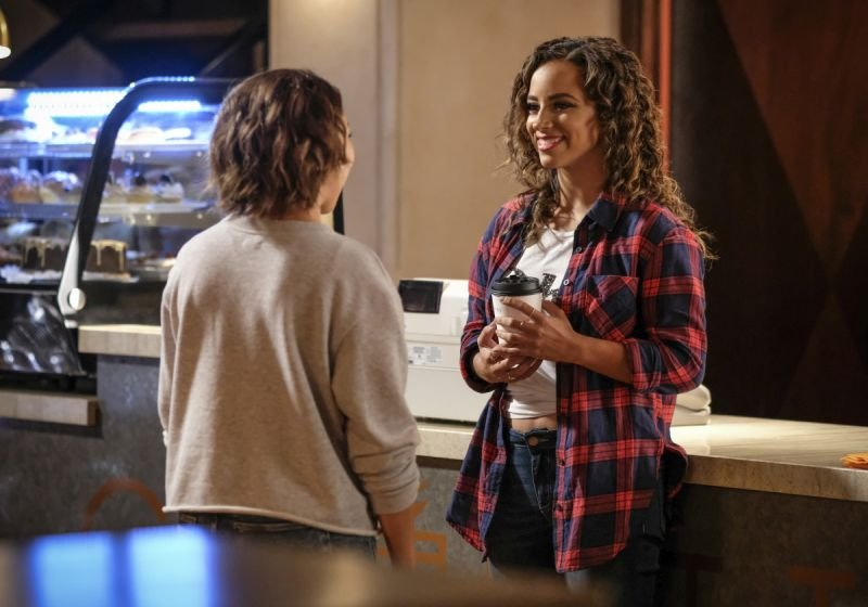 the-flash-news-flash-nora and spencer