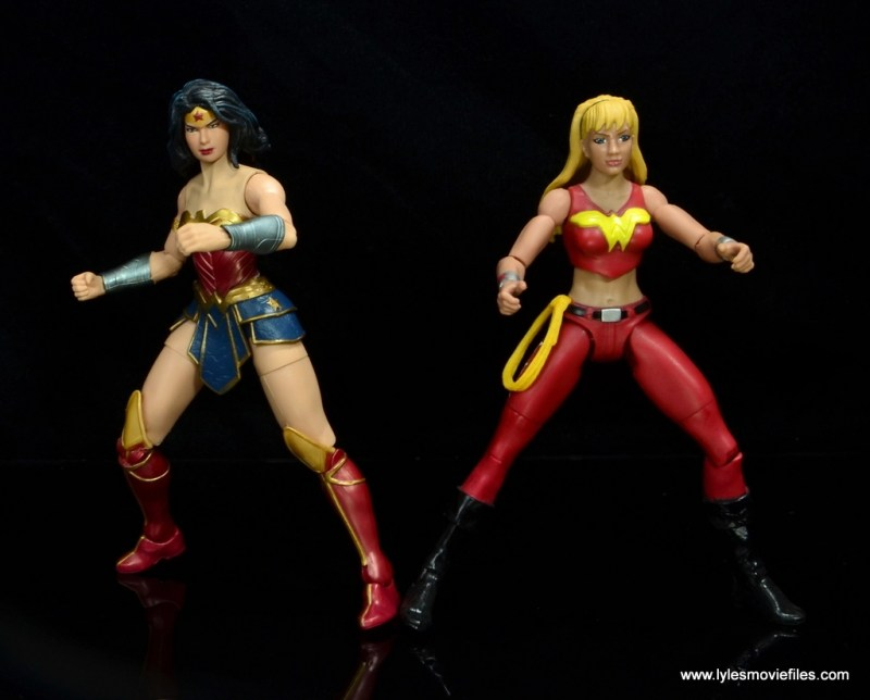 dc multiverse wonder woman figure review -side by side with wonder girl