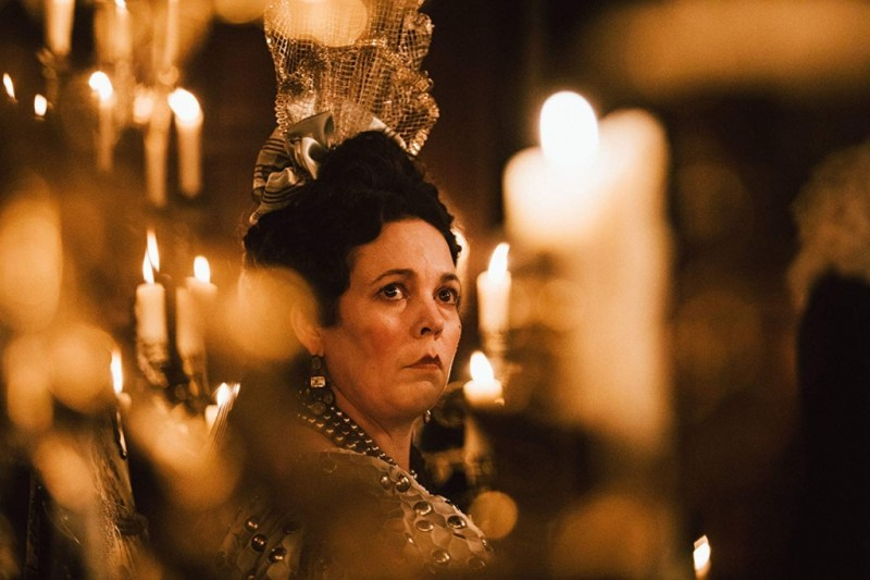 the favourite movie review - olivia coleman