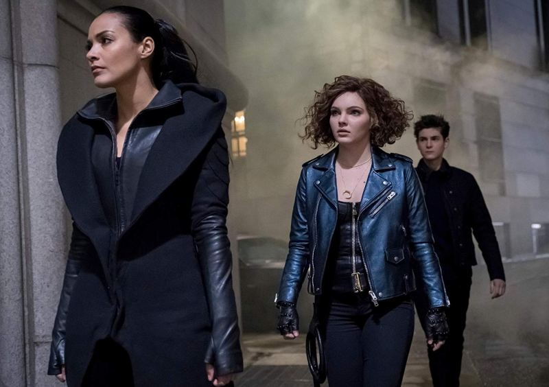 gotham to our deaths and beyond - Jessica Lucas, Camren Bicondova and David Mazouz