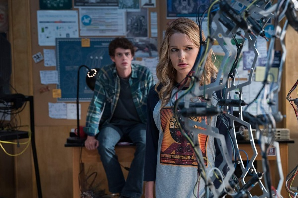 happy death day 2u review -israel broussard and jessica rothe