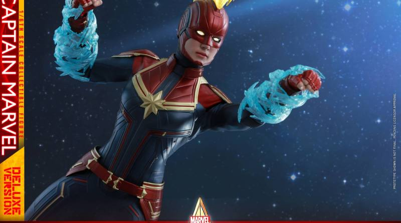 hot toys captain marvel deluxe figure -main pic