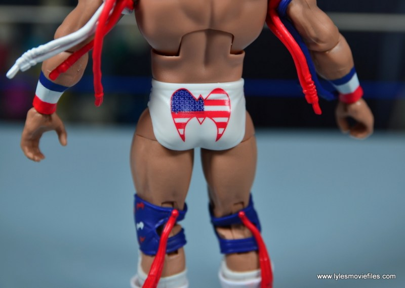 WWE Flashback Ultimate Warrior figure review -tight detail