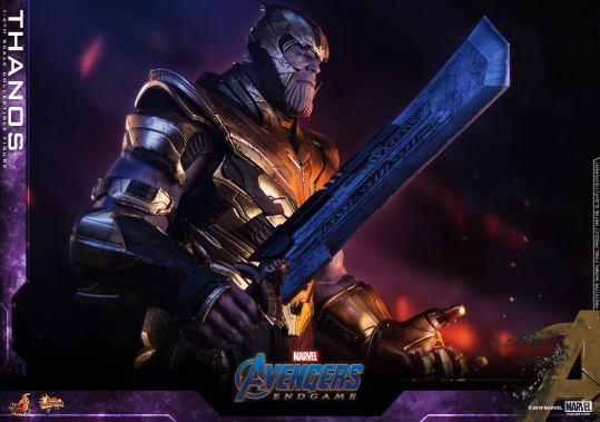 hot toys avengers engame thanos figure -blade close up