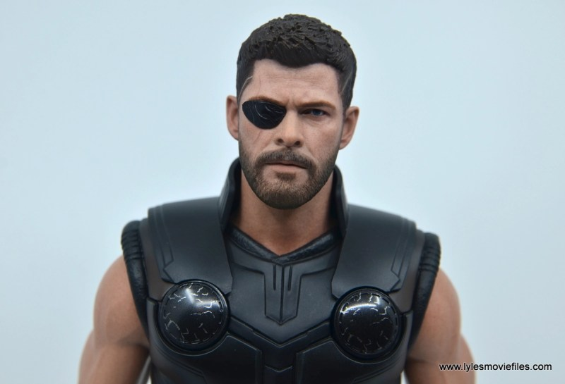 hot toys avengers infinity war thor figure review - close up black eye patch