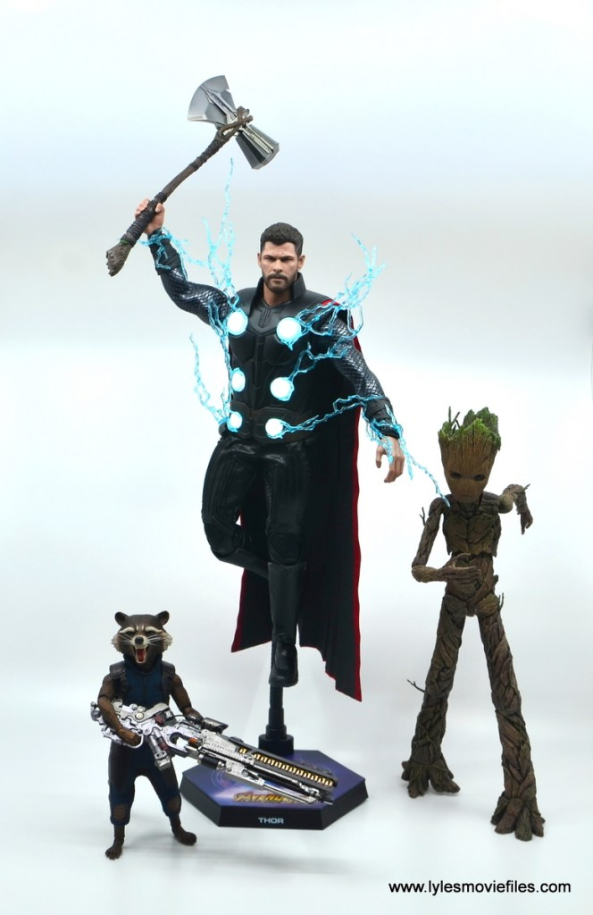 hot toys avengers infinity war thor figure review - ready for thanos with rocket and groot