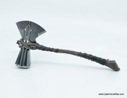 hot toys avengers infinity war thor figure review - stormbreaker side