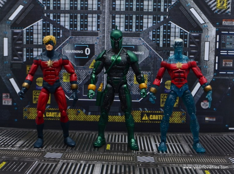marvel-legends-genis-vell-figure-review-scale-with-captain-mar-vell