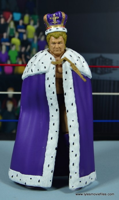 wwe elite king harley race figure review - front cloak