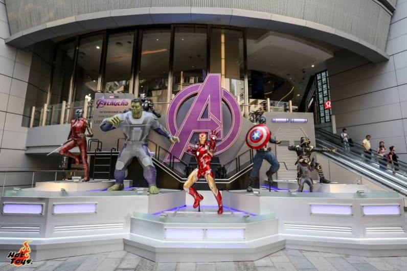hot toys avengers endgame exhibit - large size figures