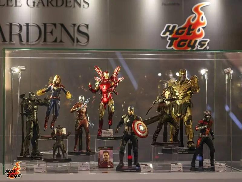 hot toys avengers endgame exhibit main display