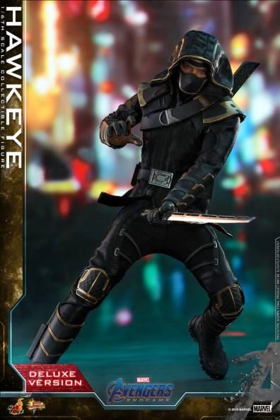 hot toys avengers endgame hawkeye - with dagger