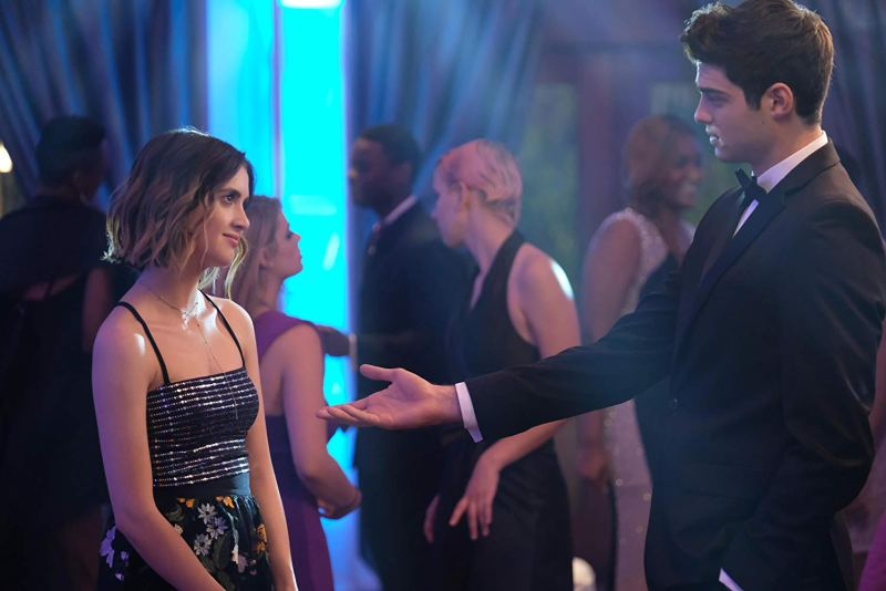 the perfect date movie review - Laura Marano and Noah Centineo