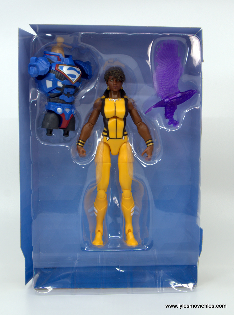 DC Multiverse Vixen figure review - accessories in tray